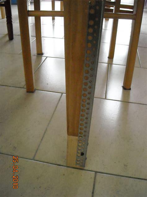 petite r 233 hausse en bois pos 233 e sous le pied de table 11 cm