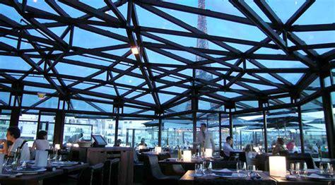 metal canopy les ombres restaurant ateliers michael herrman