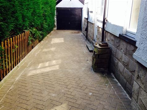 preventing weeds in blockpaving cleanpave