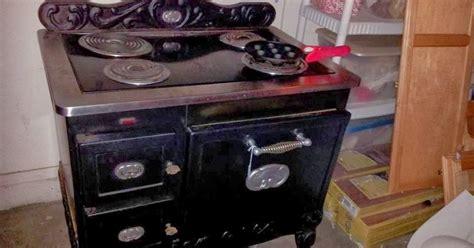 tiny house homestead sears kelvinator country kitchen vintage electric range