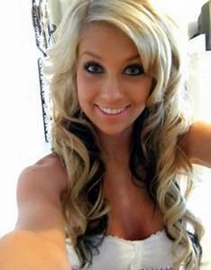 Blonde hair top dark on bottom