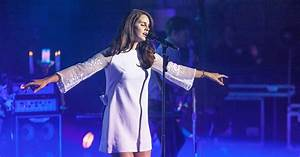 Watch Lana Del Rey's Sultry 'Salvatore' Live Debut ...