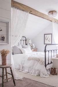 Cozy Farmhouse Master Bedroom Design Ideas 381 — Fres Hoom