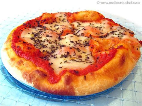 cuisine italienne pizza pizzas les recettes la pizza italienne meilleurduchef com