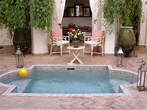 Splash pool diversen pinterest backyard and small pools for Splash pool designs