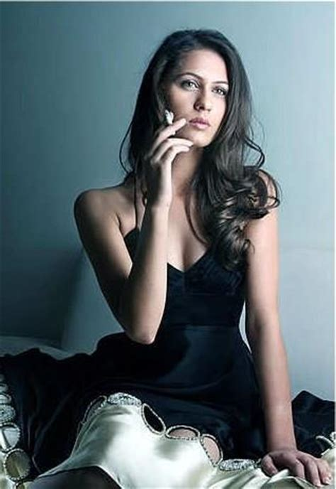 Name Of Model by Nausheen Shah Biography Complete Biography Of