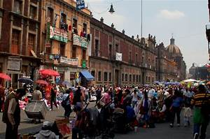 How Jokowi Helps Jakarta's Street Vendors | HuffPost