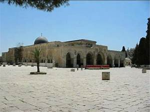 daily share pictures if majid al aqsa