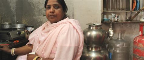 foto de Clean Water Means Life to These Indian Moms FrontLines