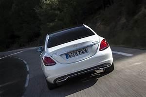 Mercedes Classe C Noir : essai mercedes classe c 220 bluetec 2014 que reste t il la classe e l 39 argus ~ Dallasstarsshop.com Idées de Décoration