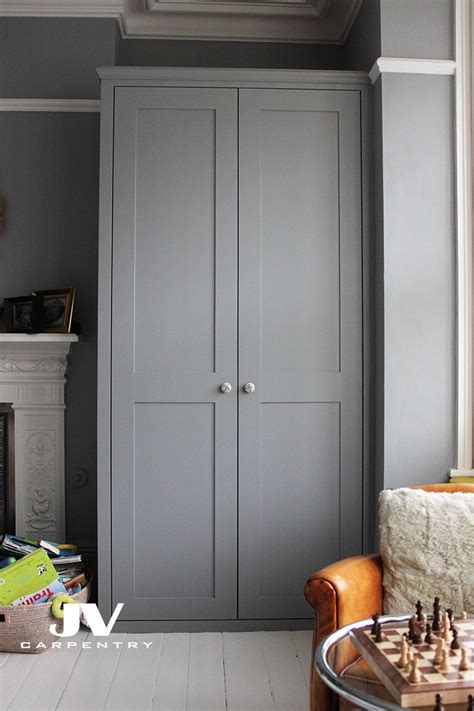 Fitted Wardrobe Doors by Fitted Wardrobe With Shaker Doors This Alcove Wardrobe