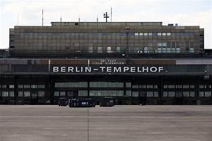 Aeroport De Berlin : a roport de tempelhof arts et voyages ~ Medecine-chirurgie-esthetiques.com Avis de Voitures