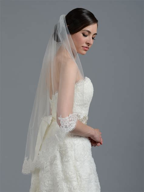Ivory Elbow Alencon Lace Wedding Veil V043
