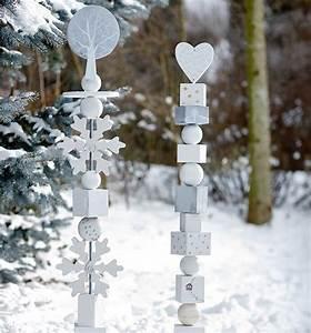 Dekorationen Aus Holz : winter weihnachtliche holzstelen als h bsche dekorationen zum basteln und verschenken ~ Yasmunasinghe.com Haus und Dekorationen