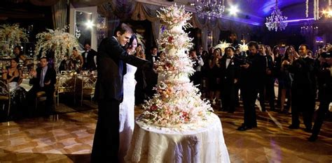 extremely expensive  incredible wedding cakes