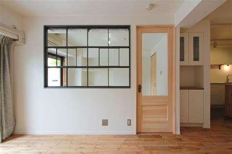 small bathroom storage ideas window 窓 室内窓 アイアン 格子 design by フィールドガレージ interior