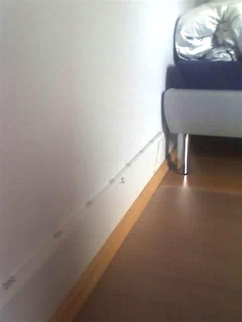 Bilder Aufhängen Leiste by Zimmerbeleuchtung Mit Led Leiste Rgb Www Ledhilfe De