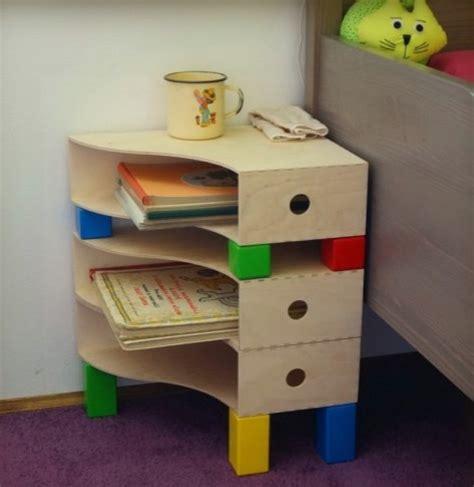 15 tables de nuit diy faciles 224 fabriquer tables de nuit rangement bureau et couleurs primaires
