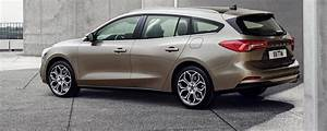 Focus St Sw : ford focus station wagon 2018 lunghezza scheda tecnica prezzo motorbox ~ Medecine-chirurgie-esthetiques.com Avis de Voitures