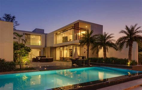 Contemporary New Delhi Villa With Amazing Courtyard And Water Features by Contemporary New Delhi Villa With Amazing Courtyard And