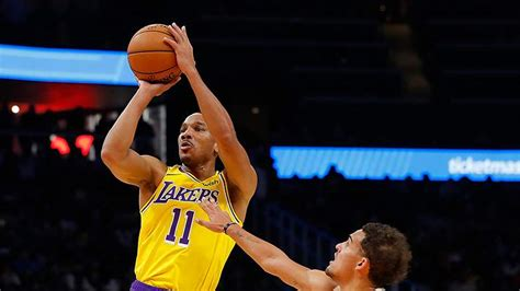 Avery Bradley Decides to Opt-out of Lakers Contract ...