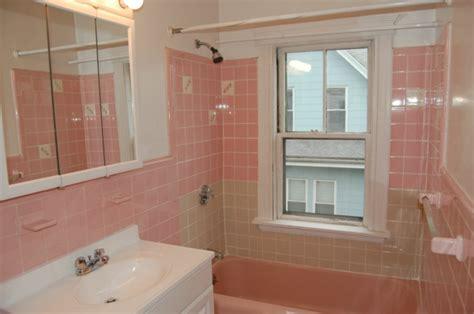 badezimmer fliesen streichen fliesenfarbe passend aussuchen oder selber streichen
