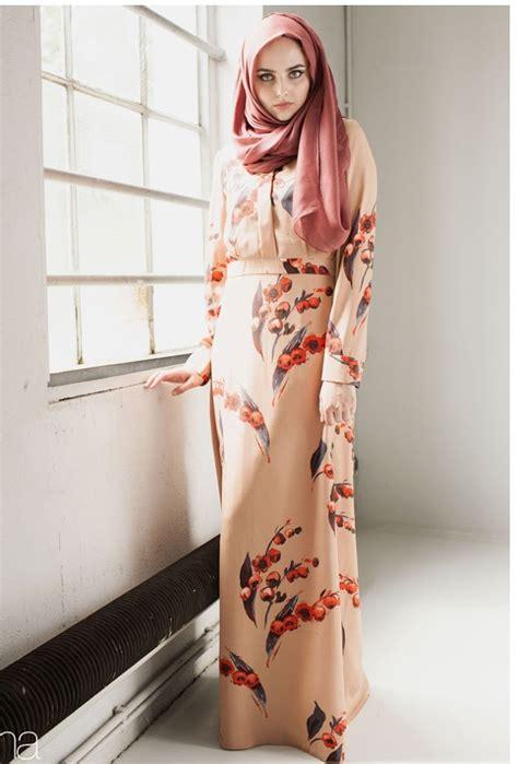 top  model long dress modern bermotif wanita muslimah