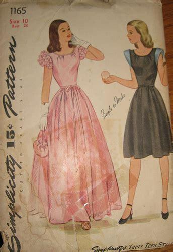 prom dresses   decades