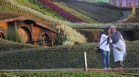 taman kelinci malang tempat wisata  bak negeri dongeng