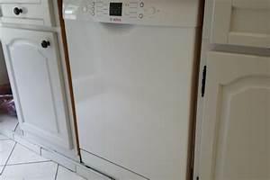 Brancher Un Lave Vaisselle : installation d 39 un lave vaisselle dans une cuisine lille ~ Melissatoandfro.com Idées de Décoration