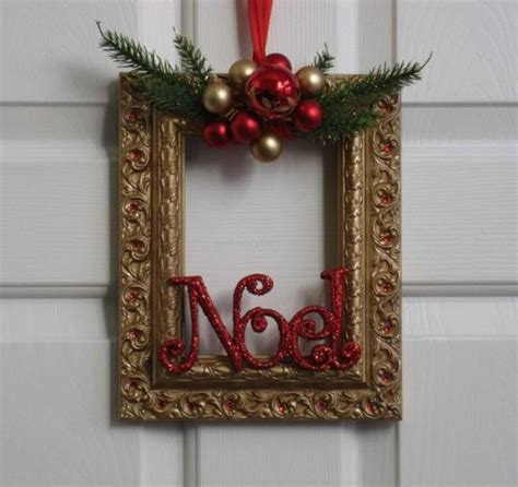 christmas decorations with old photo frames upcycle art