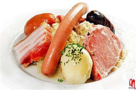 alsace cuisine recipes phot strasbourg choucroute alsacienne 01 081118 010
