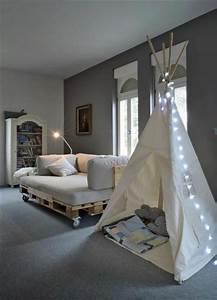 Couch Aus Paletten : die besten 17 ideen zu sofa aus paletten auf pinterest couch aus paletten palettencouch und ~ Whattoseeinmadrid.com Haus und Dekorationen