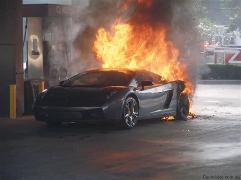 Lamborghini Murcielago Fire  Photos (1 Of 15