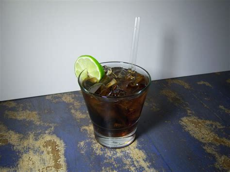 According to tia maria, its coffee liqueur is made from arabica coffee beans, sugarcane, jamaican rum, vanilla and hints of chocolate. Black Russian Cocktail Recipes | Coffee Liqueur, Vodka Cocktails
