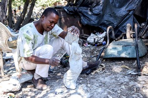 hour  zimbabwe explore harares art scene  gallery walls