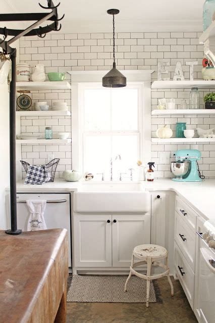 subway tile kitchen wall 35 ways to use subway tiles in the kitchen digsdigs 5934