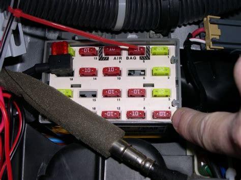 Correct Antenna Connection Where Radio Ground