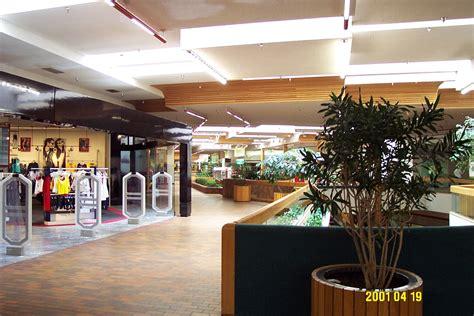 banister mall bannister mall kansas city missouri labelscar