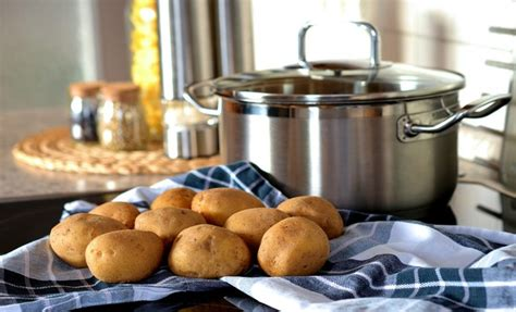 cuisiner les pommes idées pour cuisiner les pommes de terre de nombreuses