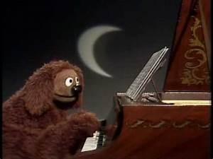 "The Muppet Show: Rowlf - ""Moonlight Sonata"" - YouTube"