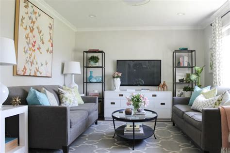 decorating small livingrooms 80 ways to decorate a small living room shutterfly