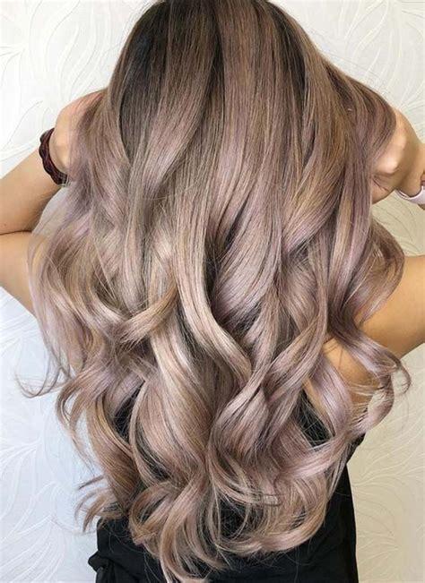 wear  beautiful sandy blonde hair color ideas