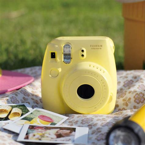 fujifilm instax mini  yellow