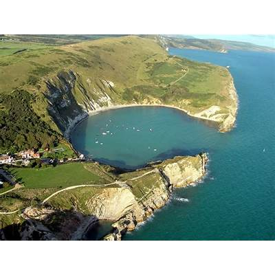 Lulworth cove DorsetFredspickchersFlickr