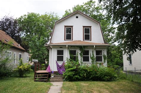 prince bought the purple house and much more