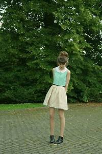 pleated linen skirt and crop top sewing projects