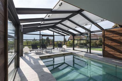 toiture pour veranda en polycarbonate v 233 randa pour piscine avec toit ouvrant en polycarbonate