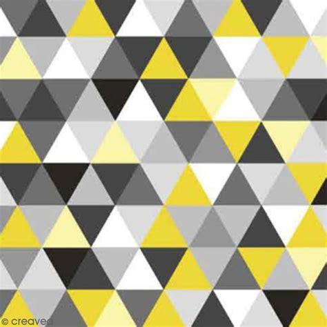 serviette 224 l unit 233 triangles jaune et gris serviette