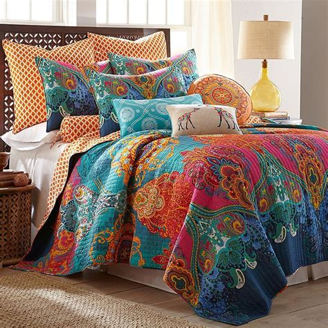 product image  decorative idead quilt sets paisley